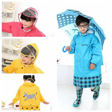 New Upgraded Fashion Kids Rain Coat Transparent Large Brim Three Colors Children with Schoolbag Bit Raincoat (S, M, L, XL, XXL)