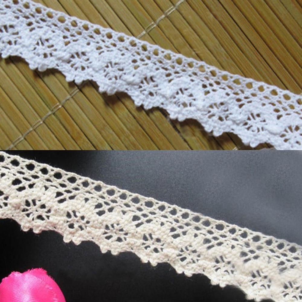 LL per metre Cotton Lace Trimming 17-M