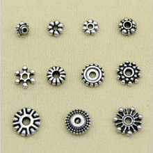 50Pcs Tibetan Style Alloy daisy & Snowflake Spacers Bead Metal Beads for Jewelry Makings 7~10mm in Diameter Antique Silver