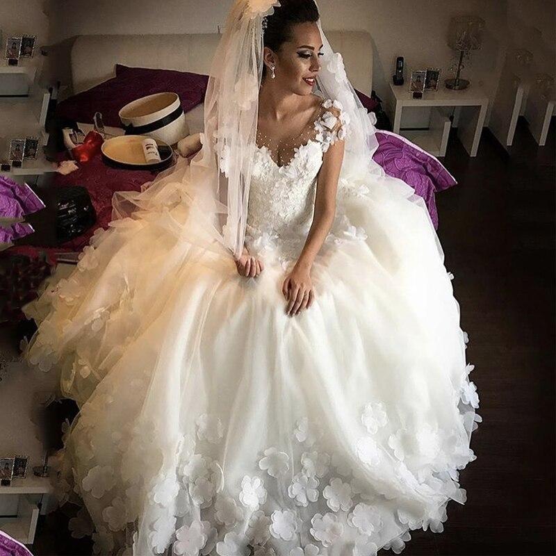 Cap manches Vestido De Noiva 2019 robes De mariée musulmanes robe De bal col en v Tulle fleurs perlées dubaï robe De mariée arabe