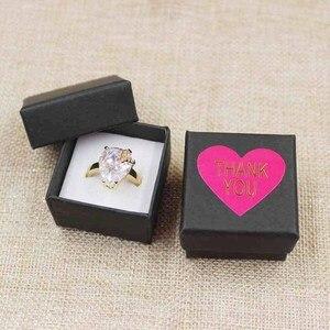 Image 4 - 30 adet başına lot 4*4*3 cm Moda yüksek kaliteli kağıt Halka Kutuları hediye kutusu yapışkan etiket dekorasyon jewerly kutusu için halka