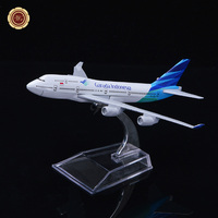 WR 2017 New Indonesia Airline Plane Model Home Decoration 16cm Zinc Alloy Commercial Model Airplanes Aircraft