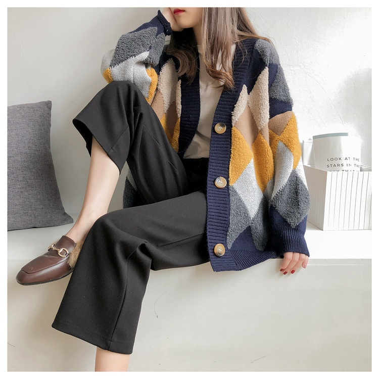 Colorfaith Women s Sweaters Autumn Winter 2019 fashionable Casual Plaid V Neck Cardigans Single Breasted Puff