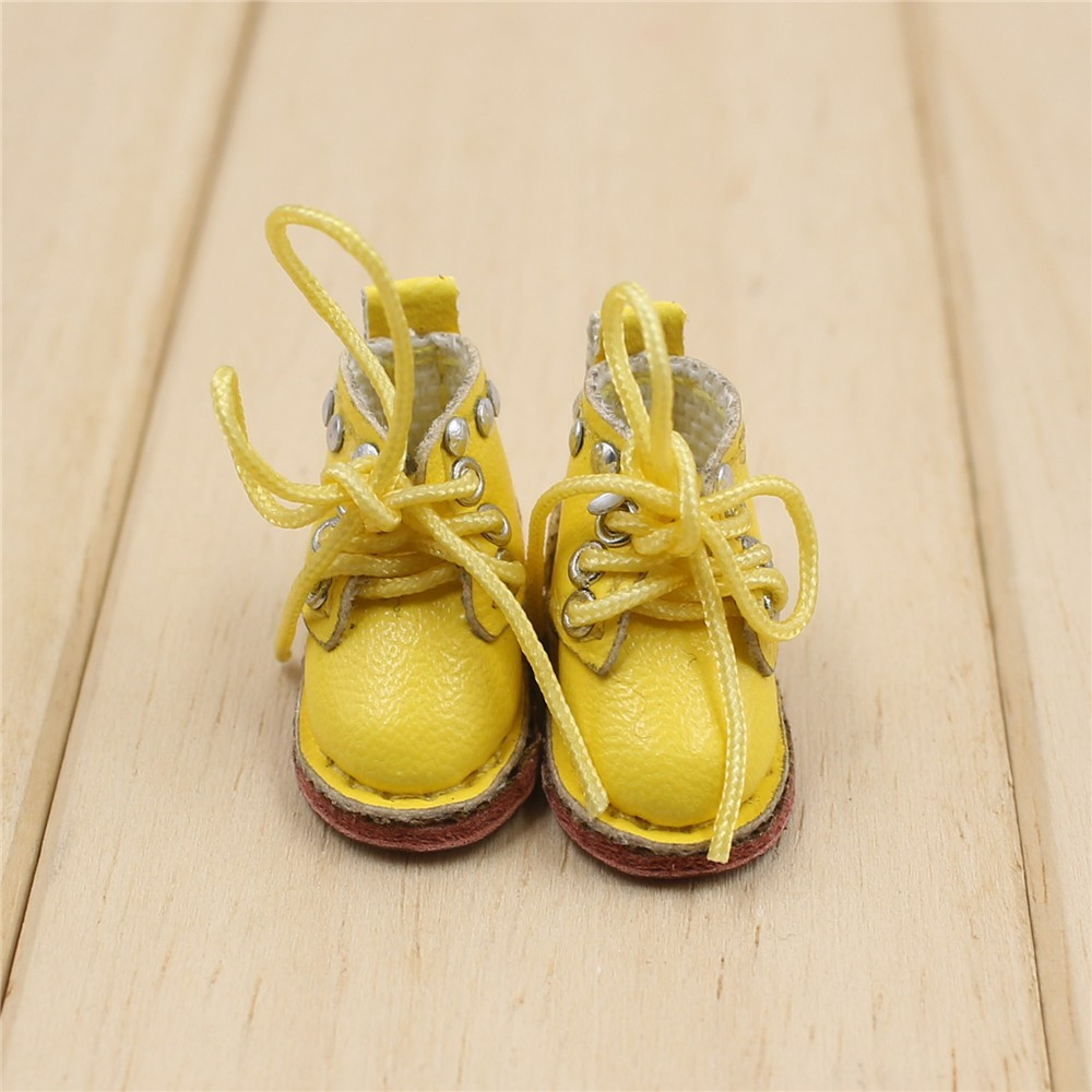 Middie Blythe Doll Shoes 2