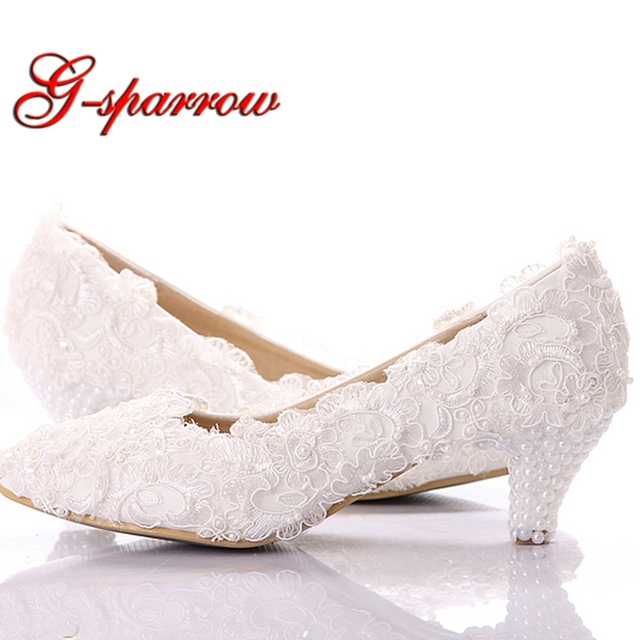 Sweet White Lace Bridesmaid Shoes Comfortable Mother Of Bride Kitten Heel Women Summer Low