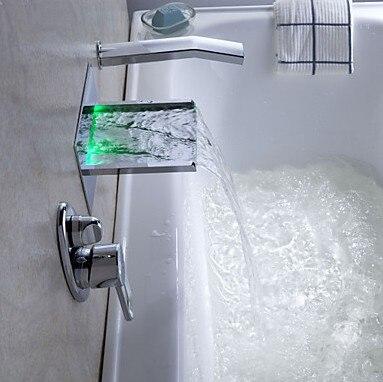Wand Montiert Bad Dusche Armaturen mit Hand Dusche Badewanne Armaturen LED Wasserfall Farbe Geändert durch Temperatur LSW03