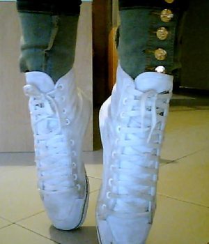 Bulk Buy Brilliant White 100 Pairs Shoelaces Sports Sneakers Flat White Shoelaces Bulk Pack Shoestrings 80CM 100CM 120CM