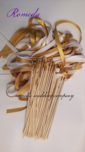 ホット売主スタイルは豊かなゴールド&ホワイトステインリボン結婚式ワンド用パーティーの装飾(50ピース/ロット)