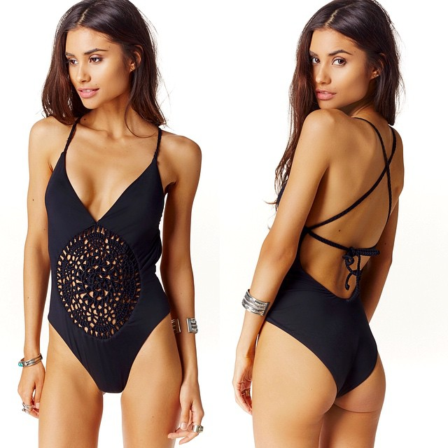 QIANG YI 2018 summer new conjoined sexy crochet Strap Deep v bikini women push up monokini