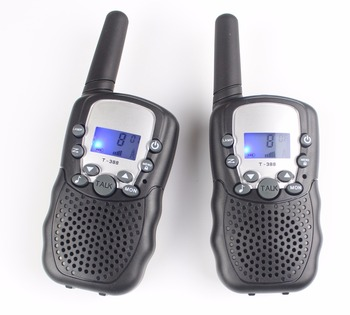New kids 99 code T388 portable mobile Radio walkie talkie pair UHF PMR interphone FRSGMRS talky walky w bright LED flashlight เมาส์