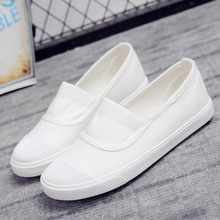 Hot Selling Canvas Student Flat Comfortable White Shoes Women Basic Sport Solid slip-on Canvas Walking Shoes Female Summer