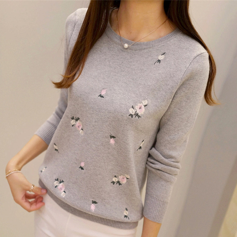 S-3XL New Youth Women's Sweater Autumn Winter 2018 Fashion Elegant Peach Embroidery Slim Girl's Knitted Pullover Tops Female
