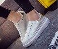 2016 la primavera y el otoño femeninos grueso zapato blanco zapatos inferiores con sandalias planas de marea ocio estudiantes realzan zapatillas