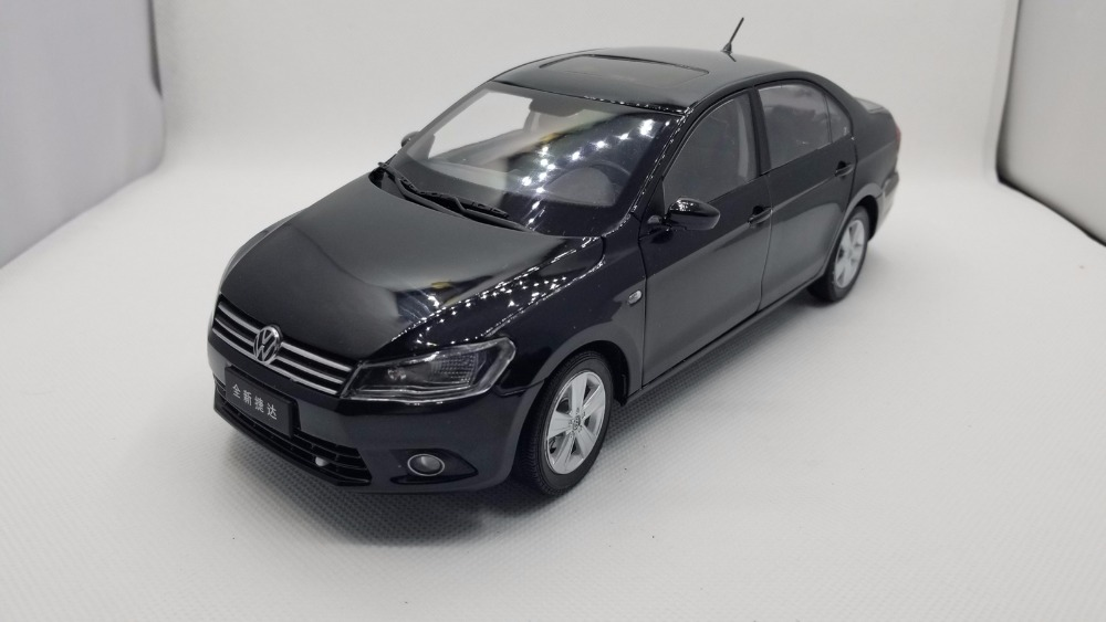 1:18 Diecast Model for Volkswagen VW Jetta 2102 Black Alloy Toy Car Miniature Collection Gifts 1 18 масштаб vw volkswagen новый tiguan l 2017 оранжевый diecast модель автомобиля