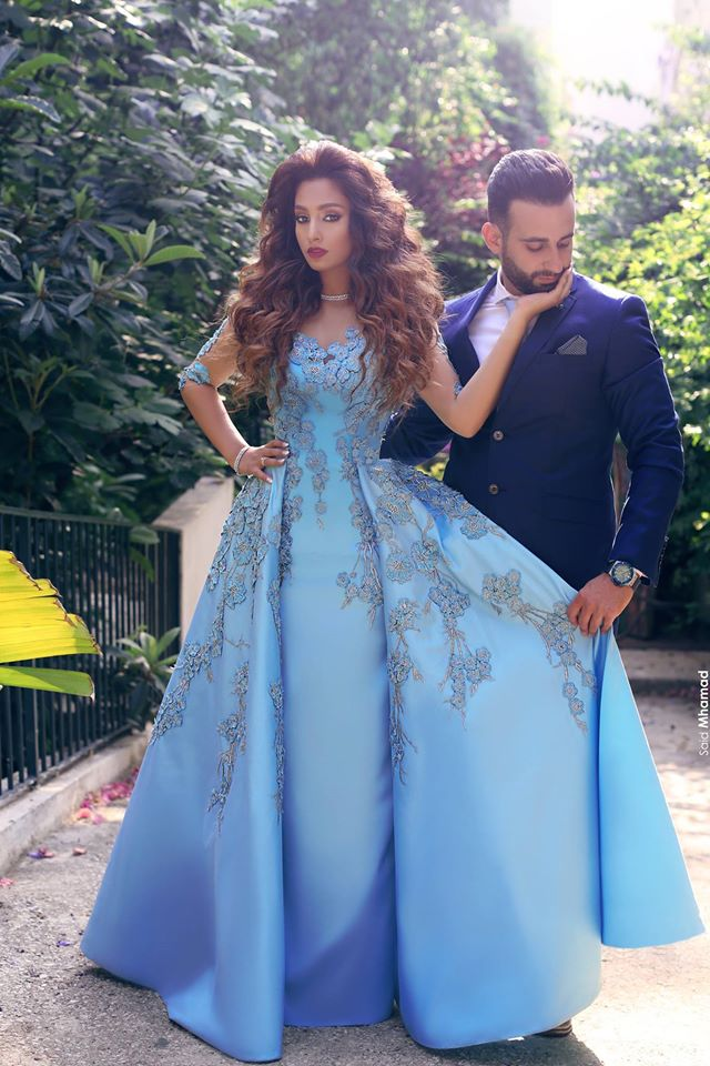 Sky Blue Scoop half Sleeves Lace Applique Sky Blue Long   Prom     Dress   2019 Sexy Floor Length Matte Satin Saudi Arabia Party Gown