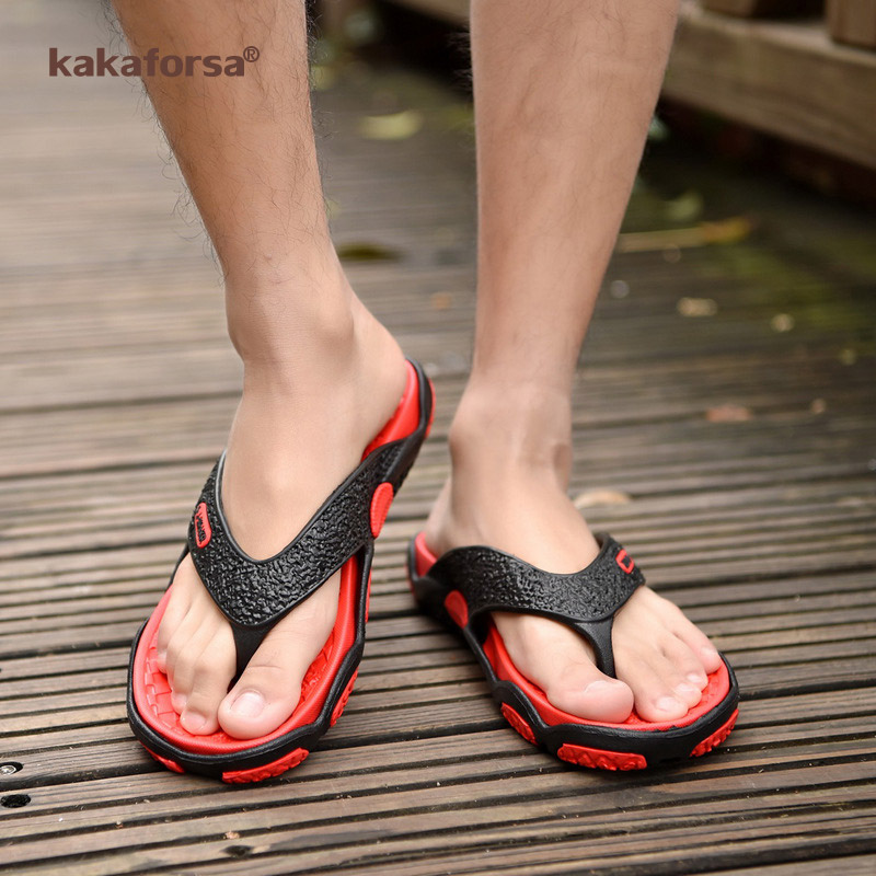 Kakaforsa Summer Men Flip Flops Bathroom Slippers Fashion Summer Beach Sandal Breathable Outdoor Beach Flip Flops Man Sandals
