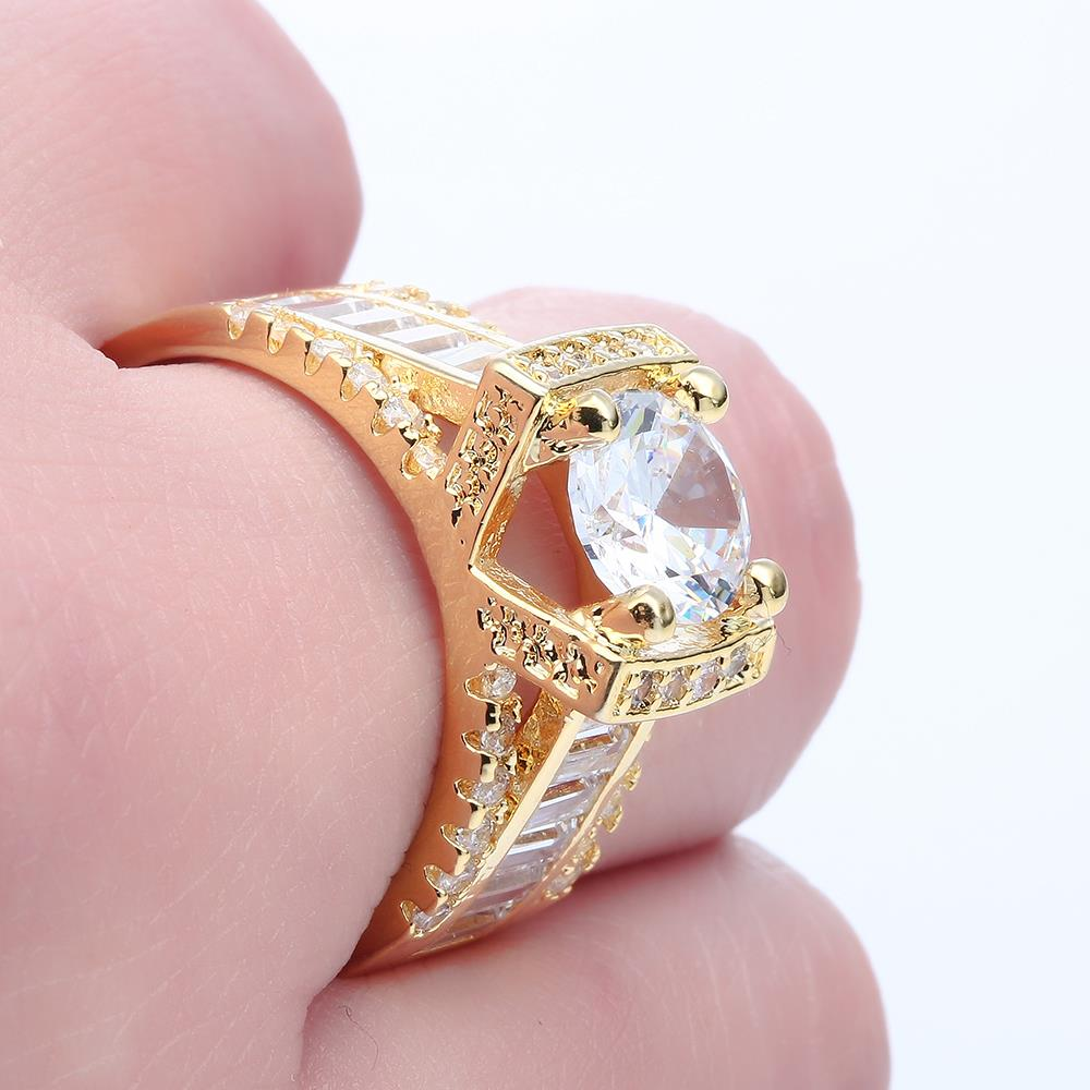 Cute design victory sign gold color Wedding RING luxury Engagement ...