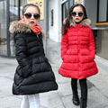 2016 Moda de invierno Para Niños Chaqueta Chica chico chaqueta Gruesa Acolchada larga sección de algodón caliente Outwear Chica cuello de piel con capucha abrigo