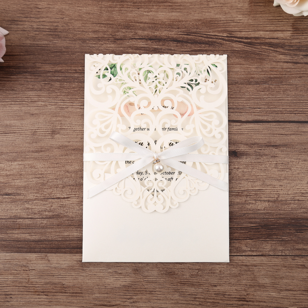 Convites de casamento com corte a laser