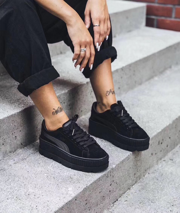 PUMA FENTY Suede Cleated Creeper Women s First Generation Rihanna Classic  Basket Suede Tone Simple Badminton Shoes-in Badminton Shoes from Sports ... b181fd7fa2