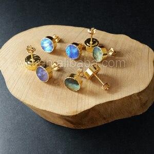 Image 4 - WT E151 Güzel sıcak satış sparkly doğal labradorit yuvarlak çivi taş altın daldırma çok renkli taş moda küpe