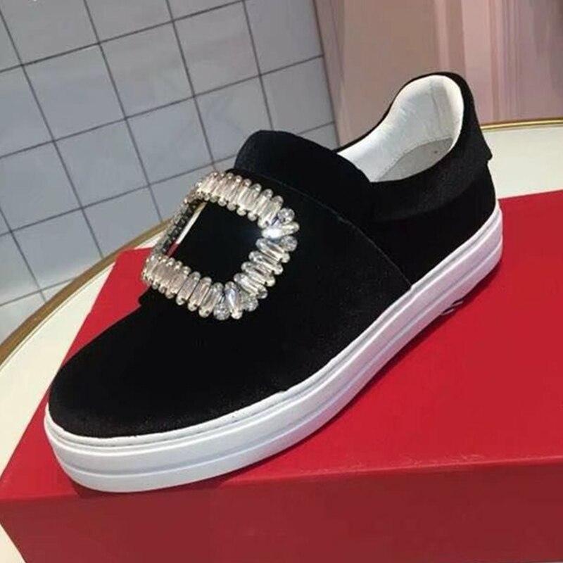 Hanbaidi Luxe Velours Mocassins Chaussures Femmes Bout Rond Strass Diamant Boucle Carrée Fond Épais Piste En Plein Air Chaussures de sport