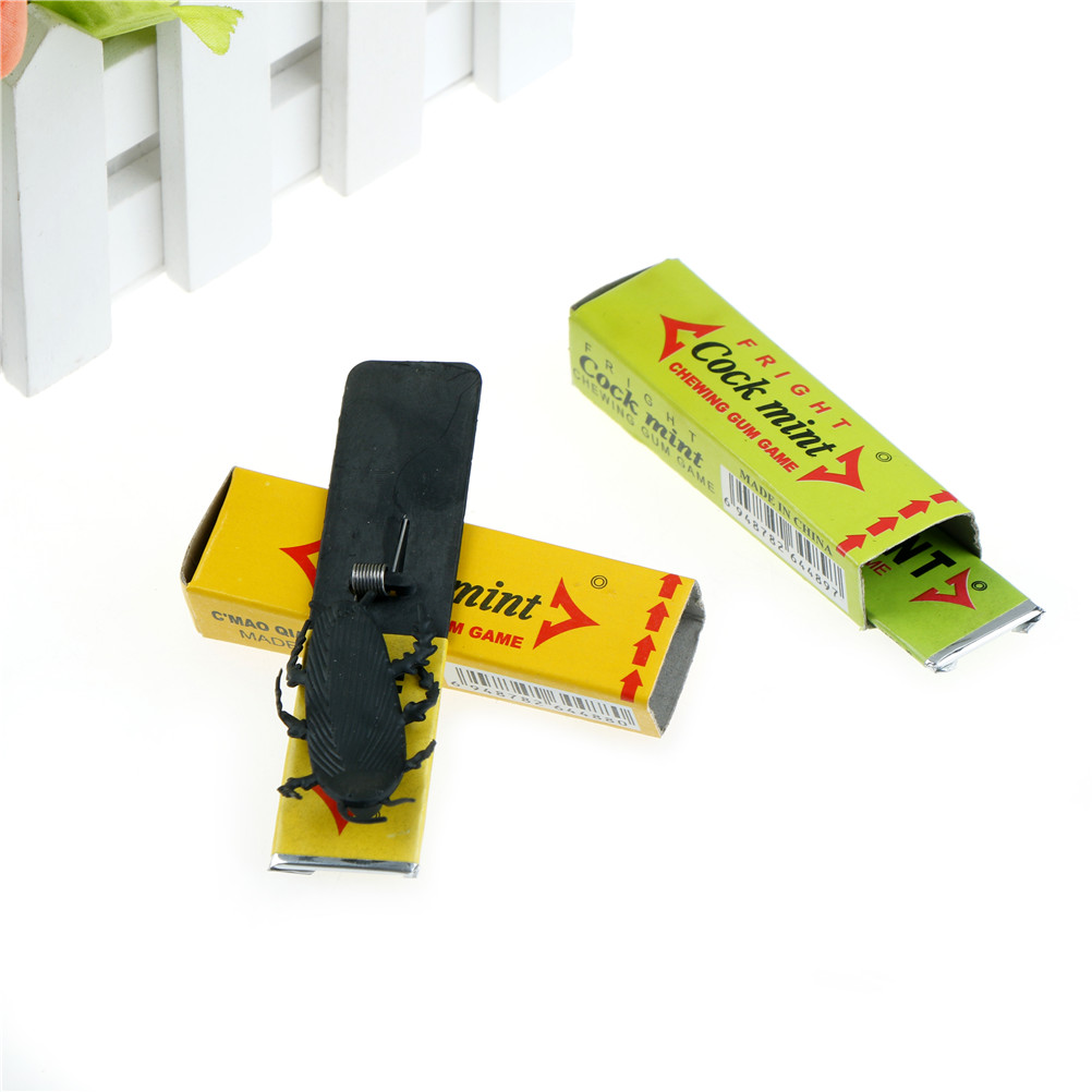 April Fool's Day Prank Trick Toy Shocking Cockroach Chewing Gum Pull Head Spoof Toys For Children