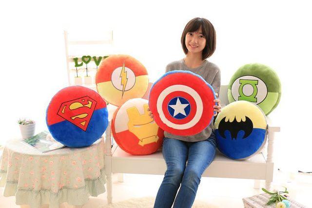 Marvel Avengers película héroe estupendo Shield de capitán américa / SuperMan / BatMan / IronMan / Green Lantern / The Flash regalo almohada cojín