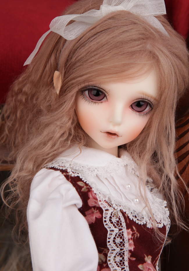 FREE SHIPPING ! FREE makeup&eyes included!top quality 1/4 bjd doll girl luts Kid Delf KIWI curly cute art best gifts