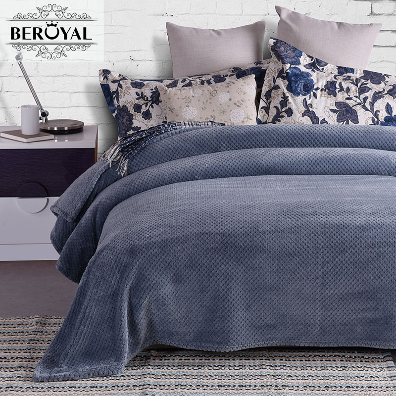 ФОТО  Blanket 100% Polyester Throw for Adult Soft h Fleece 350GSM Thicker Blankets on Sofa Bed