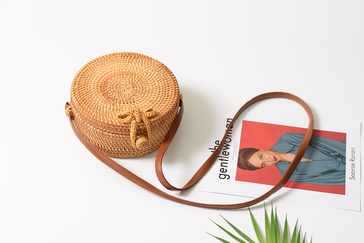 Bali Island Hand Woven Bag Round Bag buckle Rattan  Straw Bags Satchel Wind Bohemia Beach Circle Bag 1