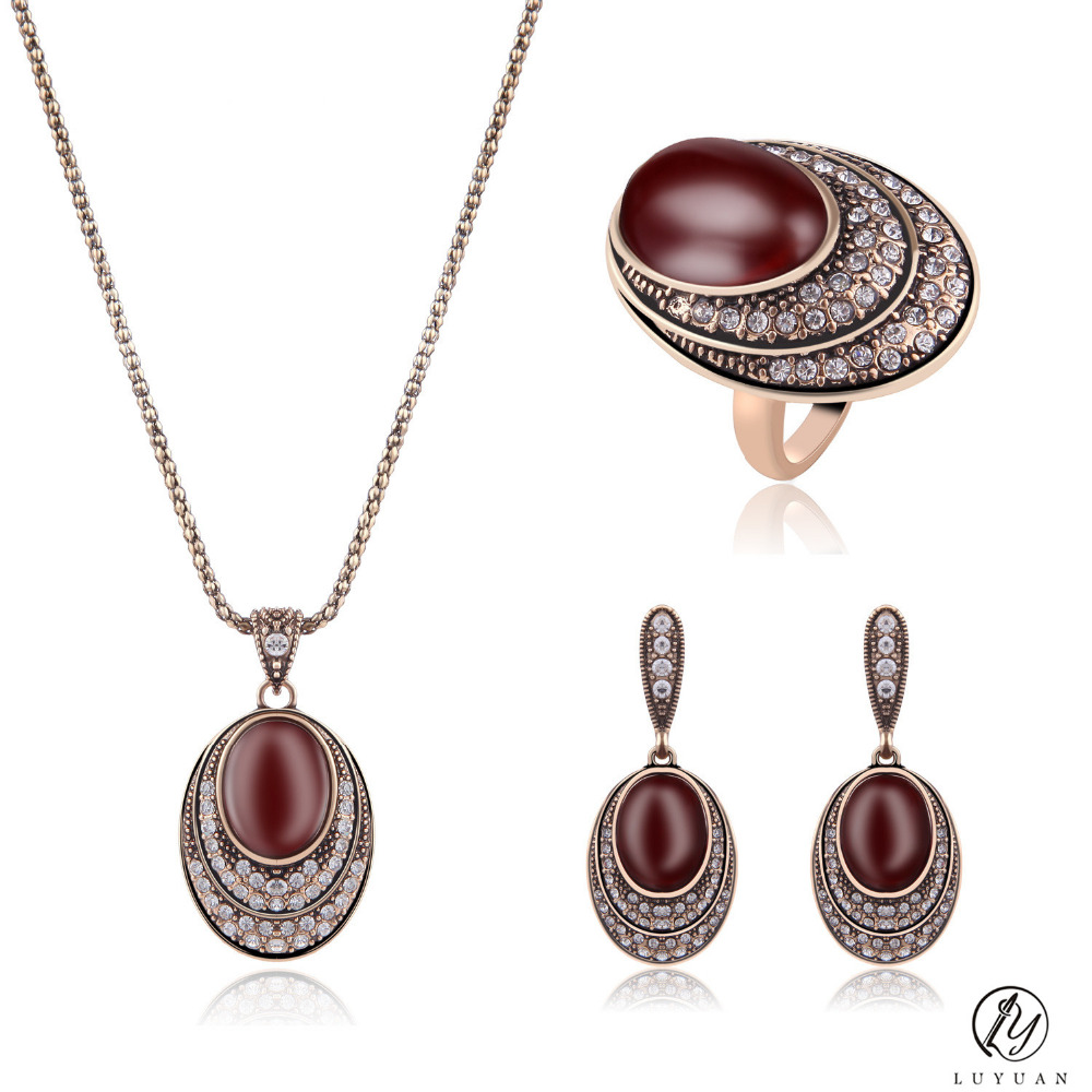 Vintage Bridal Jewelry Sets For Women Full Rhinestone Crystal Big Oval Red Resin Stone Pendant Necklace