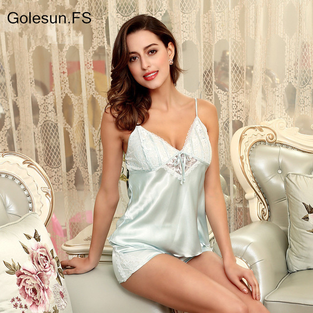 Womens Polyester Silk Pajamas Set women summer sexy lace top and pants  pijama Satin short sleepwear sets DT106 4ae1153b4