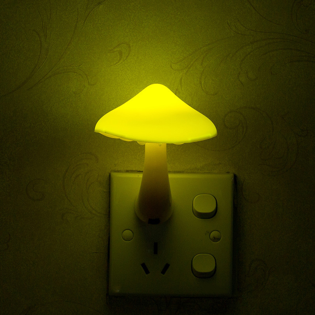 LED Warm Mini Yellow Color Light Mushroom Wall Socket Light Lamp Light-controlled Sensor For Bedroom Home Decoration EU Plug