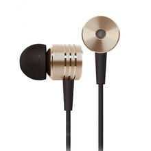 цены на hight Quality 3.5mm in-ear Earphone piston sports headsets with Mic headset For Xiaomi Mi Mi4C Mi3 Mi 2s Mi2 RedMi Note 2 3 4 5  в интернет-магазинах