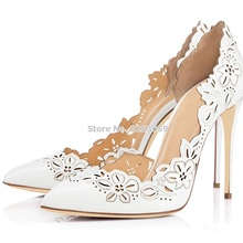974951baba ALMUDENA Branco Couro Preto Flor Esculpida de Salto Alto Sapatos de  Casamento Do Dedo Do Pé. 2 Cores Disponíveis