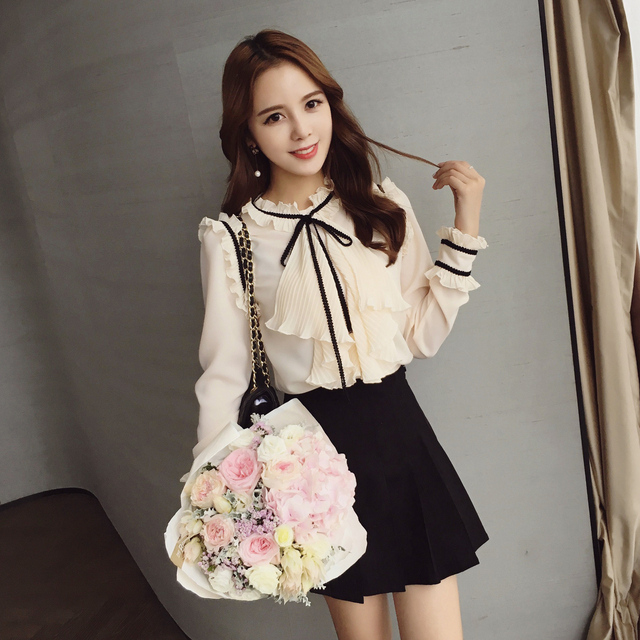 Autumn  2016 New Arrival Female Tops Korean Fashion Women's Blouse Round Neck Lace with Long-sleeved Bow Chiffon Blouse 660A 35