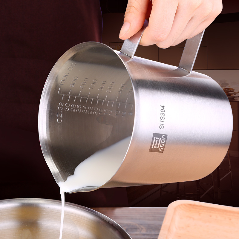 BEEMSK thick stainless steel 304 measuring cup with scale 2000ml 1000ml 500ml kitchen baking tea large capacity measuring cup