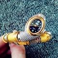 2016 nuevo estilo de la serpiente en forma de cussi reloj de moda reloj de pulsera de reloj de diseño único vestido de las mujeres relojes de la muchacha relogio feminino