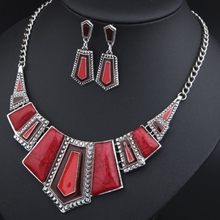 Fashion Necklaces For Women 2015 Artificial Gemstone Jewelry Choker Necklace Luxury Brand Vintage Statement Necklace Women chic faux gemstone tassel necklace for women