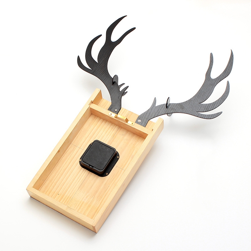 JJT Wood Nordic Deer Head Clock Modern Living Room Decoration ...