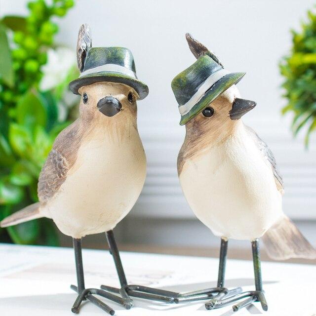 Ручная работа винтаж смола птица украшения с перо шляпа поли смолы украшения дома