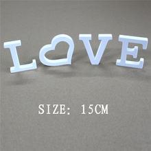 Отдельно стоящие искусственные деревянные белые буквы 15 см