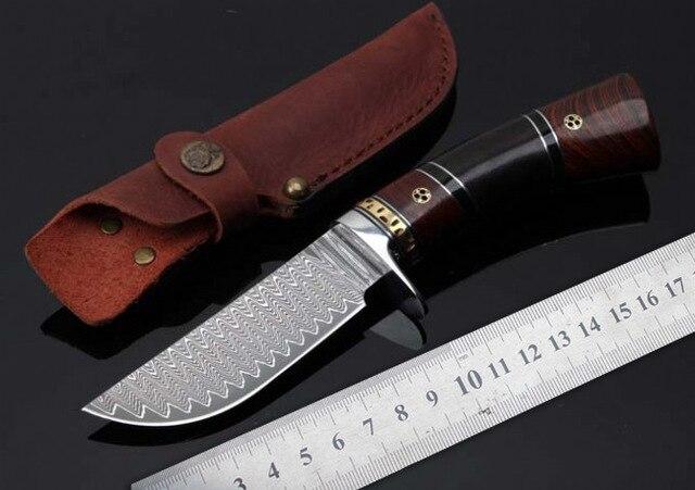 Forgé Damas motif Chasse Couteau Haute dureté 59HRC de Sharp Fixe lame camping couteau manche en bois de survie Tactique outil