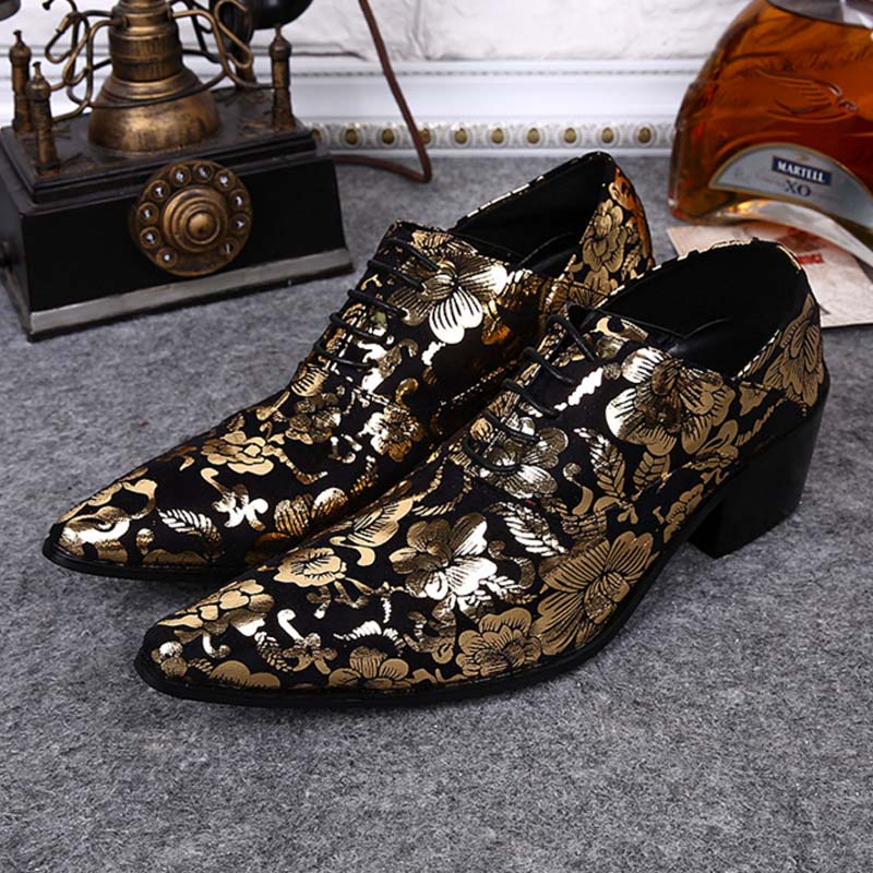 New High-end Gold printing Flowers Men Shoes Luxury Fashion Pointed Toe Men Lace-up High Heels Genuine Leather Party Dress Shoes pointed toe lace up men luxury genuine leather red wedding shoes men s high heels party dress shoes print flowers fashion shoes