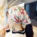 2016 mujeres de invierno sombrero de La Flor Gorros de Algodón Multicolor sombrero de las mujeres Niñas Dama de la Moda de graffiti Caps Skullie cap K097