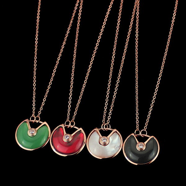 Titanium steel Foreign trade Charm Carter love Necklace with black and white red and green shellfish, lady gold necklace