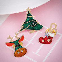 Natal Bros Lucu Pohon Jingle Bells Kaus Kaki Donat Permen Enamel Pin Bros 2195(China)