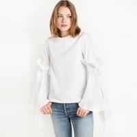 Blanco o cuello volantes empalmados Flare manga tops para las mujeres casual lindo atado trompeta manga camisas señoras con estilo básico algodón camisa