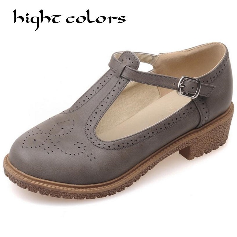 2018 Fashion Vintage Carved Round Toe Flat-Bottomed Shoes Woman Retro T Strap Mary Janes Oxfords College Court Casual Shoes 2017 crystal embellished ankle strap runway pump round toe butterfly knot heels shoes woman sexy mary janes shoes real photo